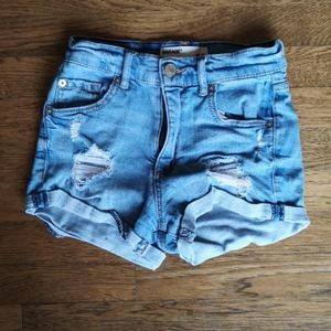 Hi-Waisted Distressed Short Shorts Garage 00
